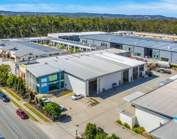 Meadowbrook warehouse for lease